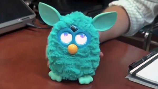 The new Furby will include several interactive features, including LCD eyes that react to sound. (Source: Children's Technology Review/YouTube)