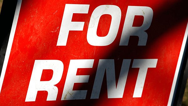 A recent report said that rent prices have risen faster than mortgage rates, and a limited market is causing problems for many U.S. households. (Source: Wiki Commons/Dipankan001)