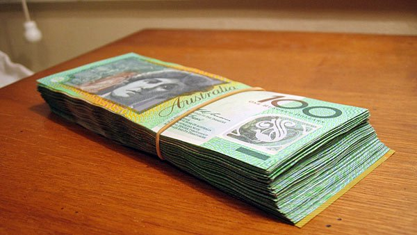 Although none of his damaged bank notes look this good, an Australian man could still recoup some of the money damaged when his wife mistakenly burned the money in their oven.  (Source: Wiki Commons/Arria-Bel)