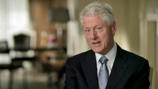Bill Clinton makes a 2012 campaign ad affirming President Obama's economic plan. (Source: YouTube)
