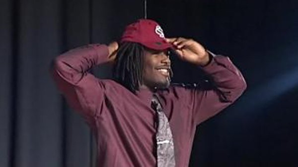 South Carolina sophomore defensive end Jadeveon Clowney could be the next superstar in the SEC. (Source: WISTV)