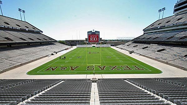 The atmosphere at Kyle Field was the closest thing you could get to the SEC. Now that Texas A&M is actually in the conference, we'll see how the team stacks up. (Source; Wiki Commons/MECU)