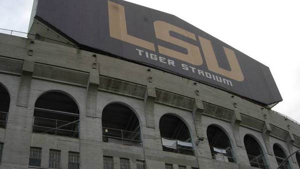 LSU has issued an evacuation order due to a bomb threat. (Source: KenLund/Flickr)
