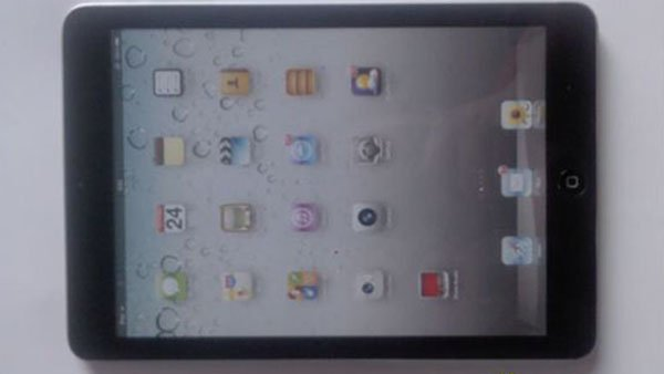 Another view of the alleged iPad Mini, as released by a Chinese website. (Source: bolopad.com)