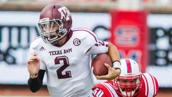 Texas A&M freshman QB Johnny Manziel brings his high-scoring offense to Ole Miss (Source: Texas A&M athletics)