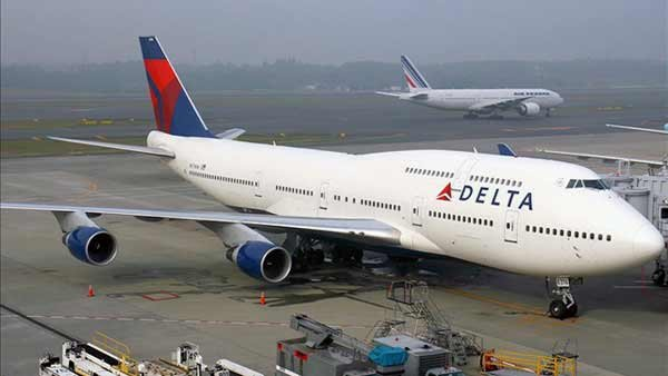Delta Air Lines became the country's largest airline after its merger with Northwest Airlines. (Source: Wikimedia)