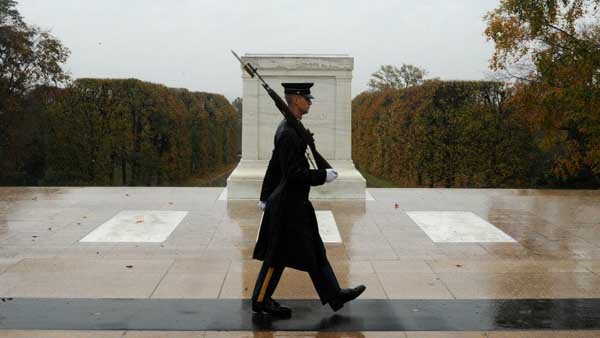 Spc. Brett Hyde, Tomb Sentinel, 3d U.S. Infantry Regiment (The Old Guard), keeps guard over the Tomb of the Unknown Soldier during Hurricane Sandy at Arlington National Cemetery, VA., Oct. 29. Source: Sgt. Jose A. Torres Jr/U.S. Army/Facebook)