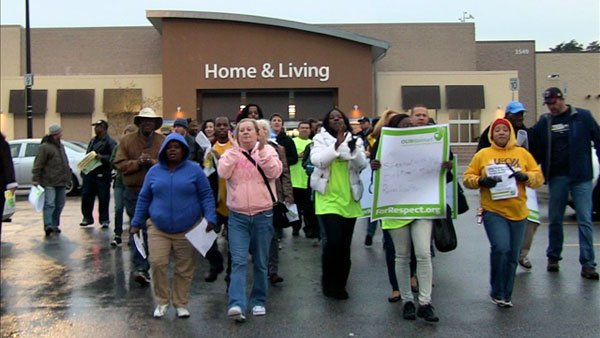 Protesters gather outside of a Walmart store near the company's headquarters in Bentonville, AR. (Source: UFCW Local 400)