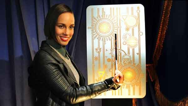 Alicia Keys flipping the switch live in Clear Channel New York City studios. (Source: Edelman)