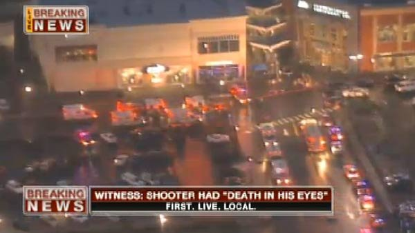 Officials respond to a shooting at the Clackamas Town Center Mall in Portland, OR. (Source: KPTV)