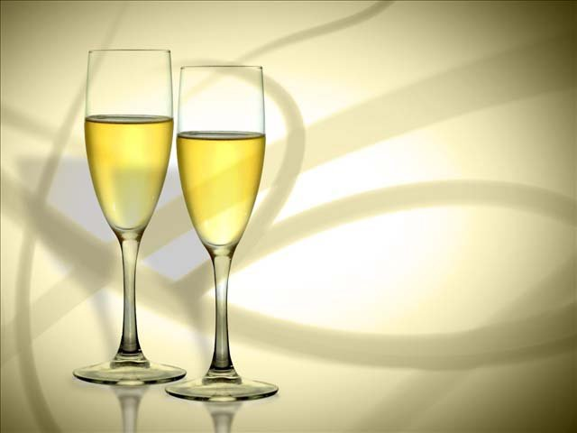 Toasting to one's health to usher in the New Year dates back to 18th century England.