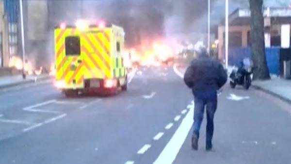 A helicopter crashed into a crane in Central London on Wednesday. (Source: Daniel Toledo/CNN)