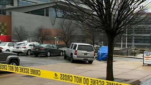 A gunman opened fire in the lobby of a courthouse in Delaware, killing two women and wounding two police officers. (Source: WPVI)