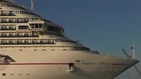 Passengers about Carnival Dream cruise ship reported power outages. (Source: CNN)