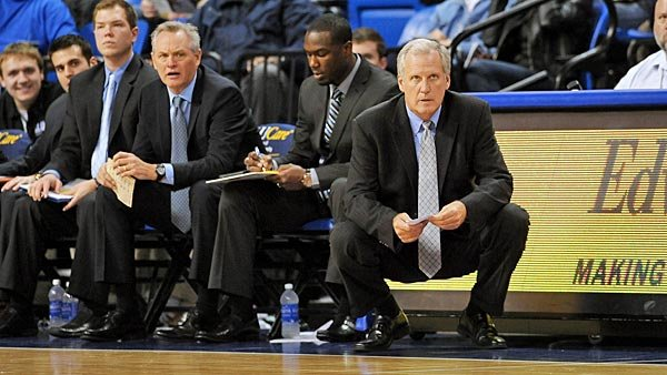 Interim coach Jim Crews, right, has skillfully guided St. Louis from tragedy to triumph after the death of former coach Rick Majerus. (Source: St. Louis University Athletics)