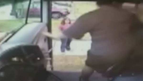 Police say a Florida bus driver kicked a student for slapping her. (Source: BAY NEWS 9/CNN)