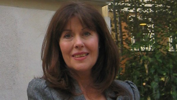 The late Elizabeth Sladen, the actress that played Sarah Jane Smith, appeared in both classic and modern Doctor Who episodes. (Source: Tsange/Wikicommons)