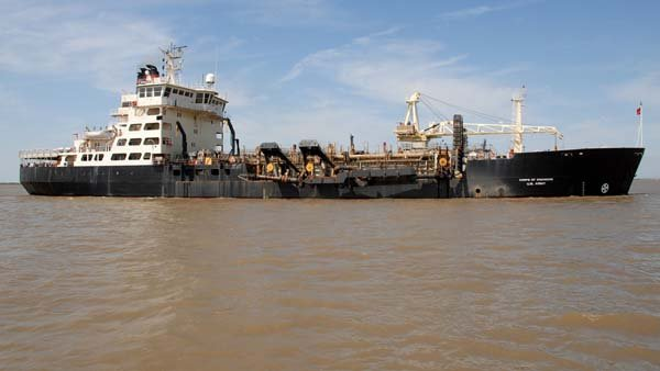 The Triumph reportedly hit the Dredge Wheeler owned by the U.S. Army Corps of Engineers, show in this 2009 photo. (Source: U.S. Army Corps of Engineers/Flickr)