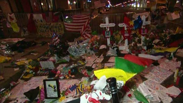 After the second marathon bombing suspect was captured, people flocked to a makeshift memorial to the victims at the finish line. (Source: CNN)