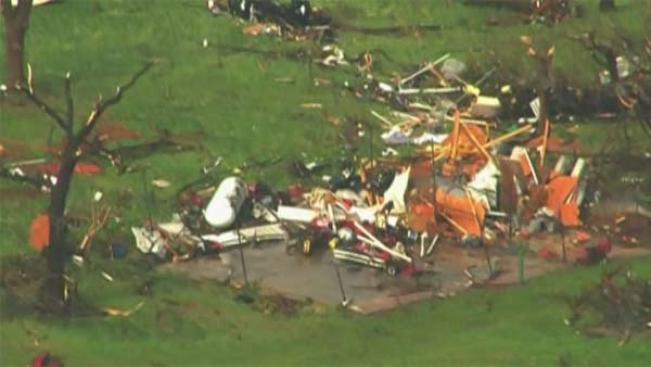 The tornado outbreak caused heavy damage to homes and businesses. (Source: KFOR/CNN)