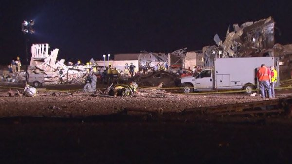 Rescuers worked all night at Plaza Towers Elementary, where they hope survivors can still be found alive after a deadly tornado destroyed the school. (Source: CNN)