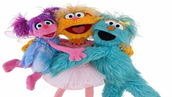 The online kit contains videos for kids and tips for caregivers. (Source: Facebook/Sesame Street)