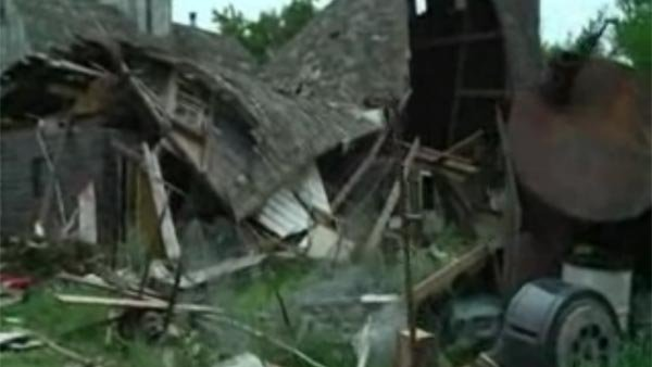 A barn destroyed by severe weather in Rochester, MN. (Source: KIMT/CNN)