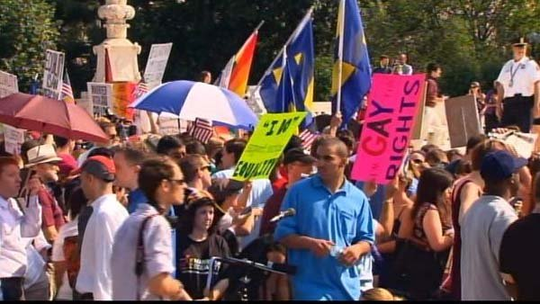 Crowd awaits the decision on Proposition 8. (Source: CNN)