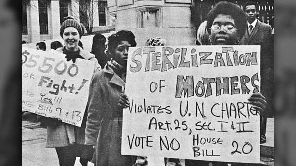 Women protest eugenics in this 1971 photo, location unknown. (Source: Southern Studies Institute/WikiCommons)