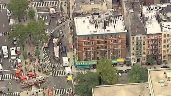 An explosion and fire injured eight people in New York. (Source: WABC)