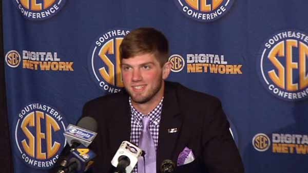 LSU QB Zach Mettenberger talked about why he doesn't use twitter. (Source: WBRC)