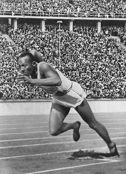 Jesse Owens at the start of the 200-meter dash during the 1936 Olympics in Berlin. (Source: Wikimedia Commons)