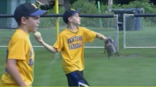 Youth baseball team from Newtown headed to Cal Ripken League World Series. (Source: WTIC/CNN)