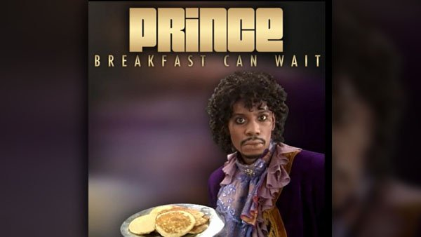 I really hope pancakes were involved in this photo shoot. (Source: 3rdEyeGirl/YouTube)