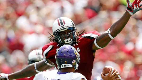 Jadeveon Clowney leads a top-notch USC defense. (Source: USC Athletics)