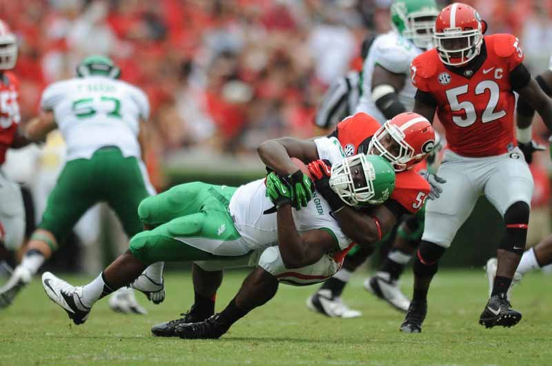 Georgia linebacker Jordan Jenkins makes a tackle against North Texas. (Source: Radi Nabulsi/Georgia Athletics)