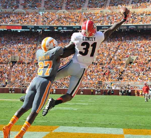 Georgia's Chris Conley (31) makes a one-handed touchdown catch against Tennessee. (S