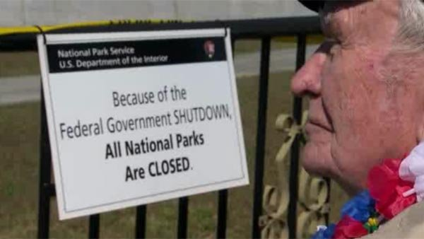 Veterans groups to push to end government shutdown, will hold a joint rally on Tuesday in Washington, DC.  (Source: CNN)