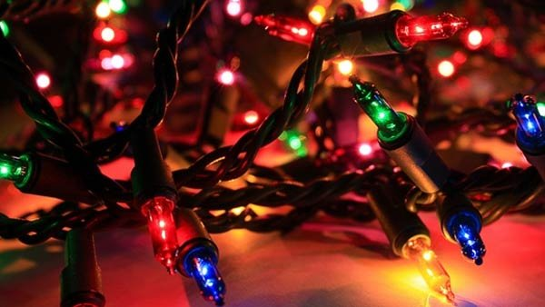 The downhill slide to 24 hours a day of 'Rocking Around the Christmas Tree' has begun. (Source: GNU/MGN Online)