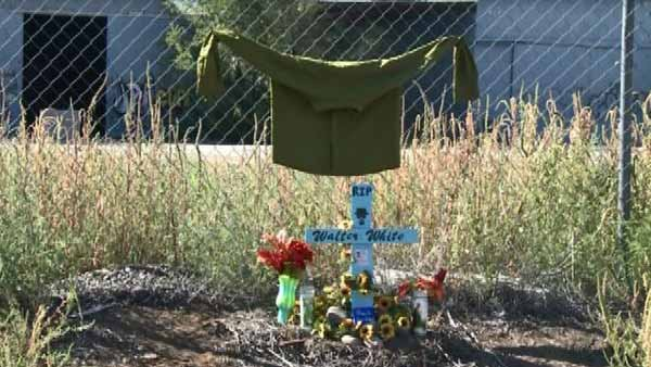 Fans of the show made a roadside memorial outside the place where the main character of Breaking Bad died. (Source: CNN/KRQE)
