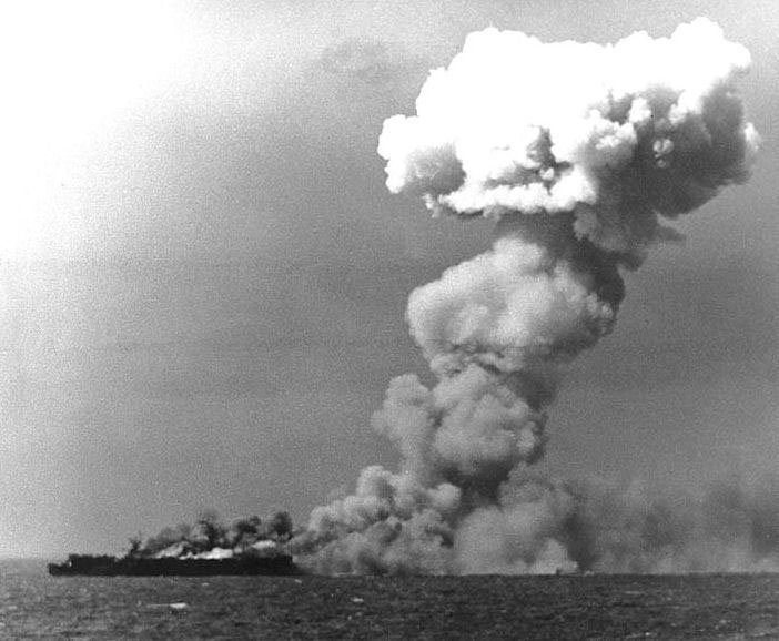 The USS Princeton burns after being hit by a Japanese bomb during the Battle of Leyte Gulf. (Source: U.S. Navy/Wikimedia Commons)