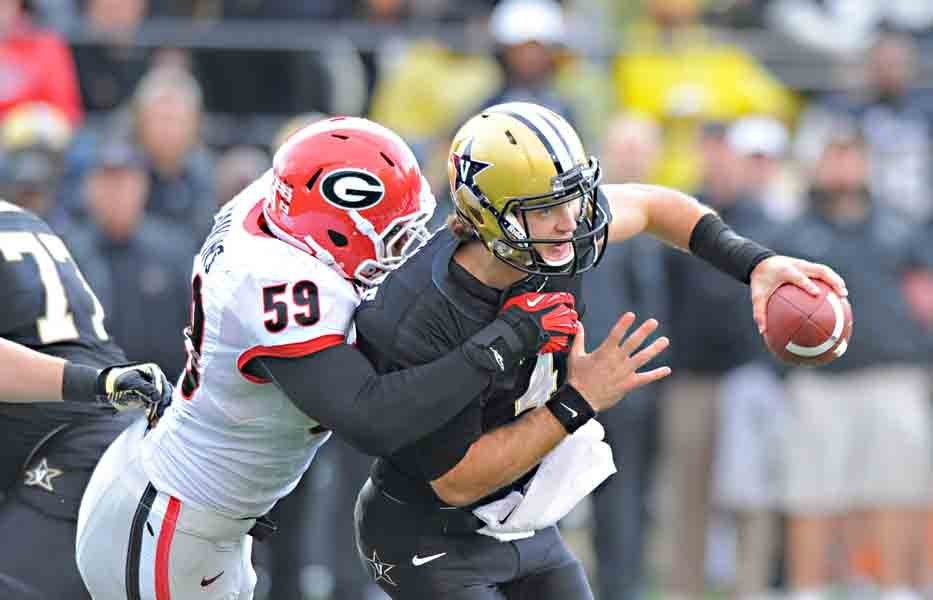 With an injury to starting quarterback Austyn Carta-Samuels, Patton Robinette (4) might get the start this week against Texas A&M. (Source: Georgia Athletic