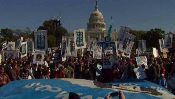 Demonstrators gather at Capitol Hill to rally against NSA spying. (Source: CNN)