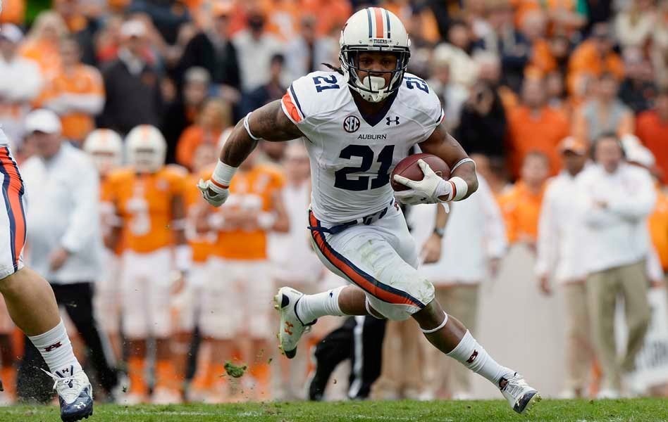 Tre Mason runs for an Auburn touchdown. (Source: Todd van Emst/Auburn University)