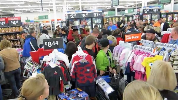 The darker side of people tends to manifest itself during Black Friday. (Source: So IDecidedTo/YouTube)