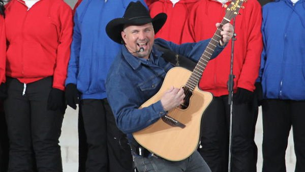 Country legend Garth Brooks is coming out retirement and going on a world tour for the first time since 2001. (Source: Steve Jurvetson/Wikimedia Commons)