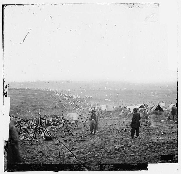 Union soldiers camped at the Battle of Nashville. (Source: Wikimedia Commons)