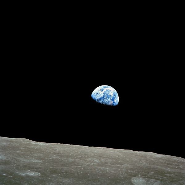 A picture of the Earthrise taken by astronauts on board Apollo 8. (Source: NASA/Wikimedia Commons)