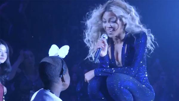 Beyonce helped grant 12-year-old Taylon Davis' only dying wish. (Source: Beyoncé/YouTube)