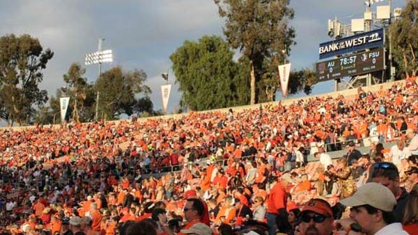 Auburn fans made the 2,000 mile trip to California to see the Tigers play. (Source: George Jones/Raycom News Network)